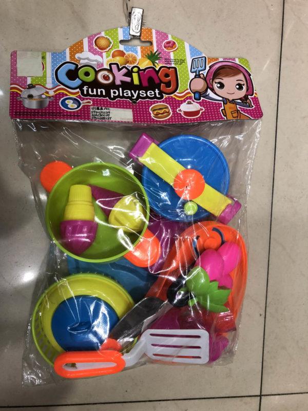 Игровой набор посуды и еды «Приготовим» оптом