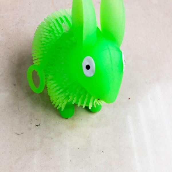 Резиновая игрушка «Кролик» оптом